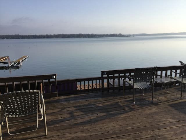 Devils Lake Home For Rent - Manitou Beach-Devils Lake - Casa