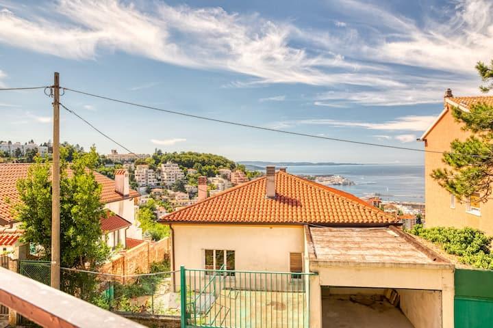 Trieste Uptown - Cozy APT with sea view !x2