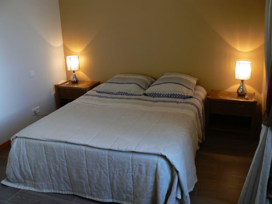 la chambre lit 1,60