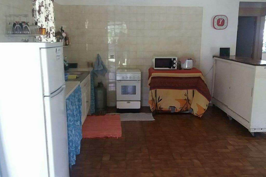 maison hanalei pour 1 ou 2 personnes avec clim case in affitto a uturoa les sous le vent. Black Bedroom Furniture Sets. Home Design Ideas