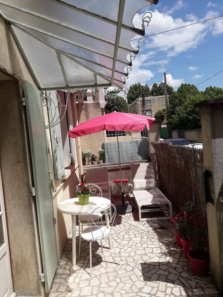 Full house 2 bedrooms 2 terraces Aix  center 6P