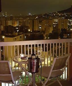 charmant,sauber,Blick sensationell - Barcelona