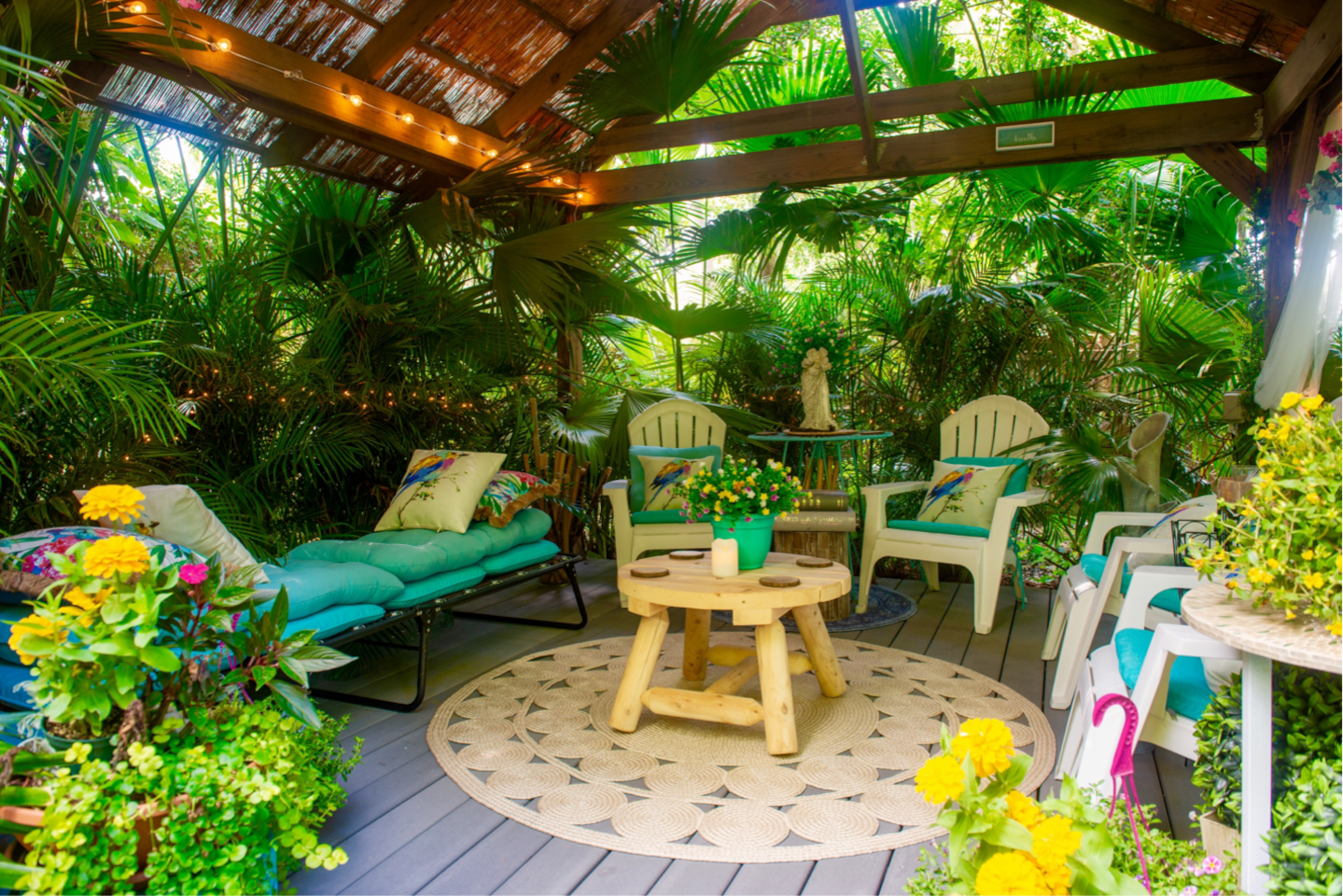 Your Private Garden Relaxation Lounge