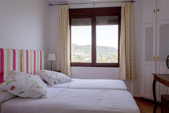 Dormitorio 2, El Dorado