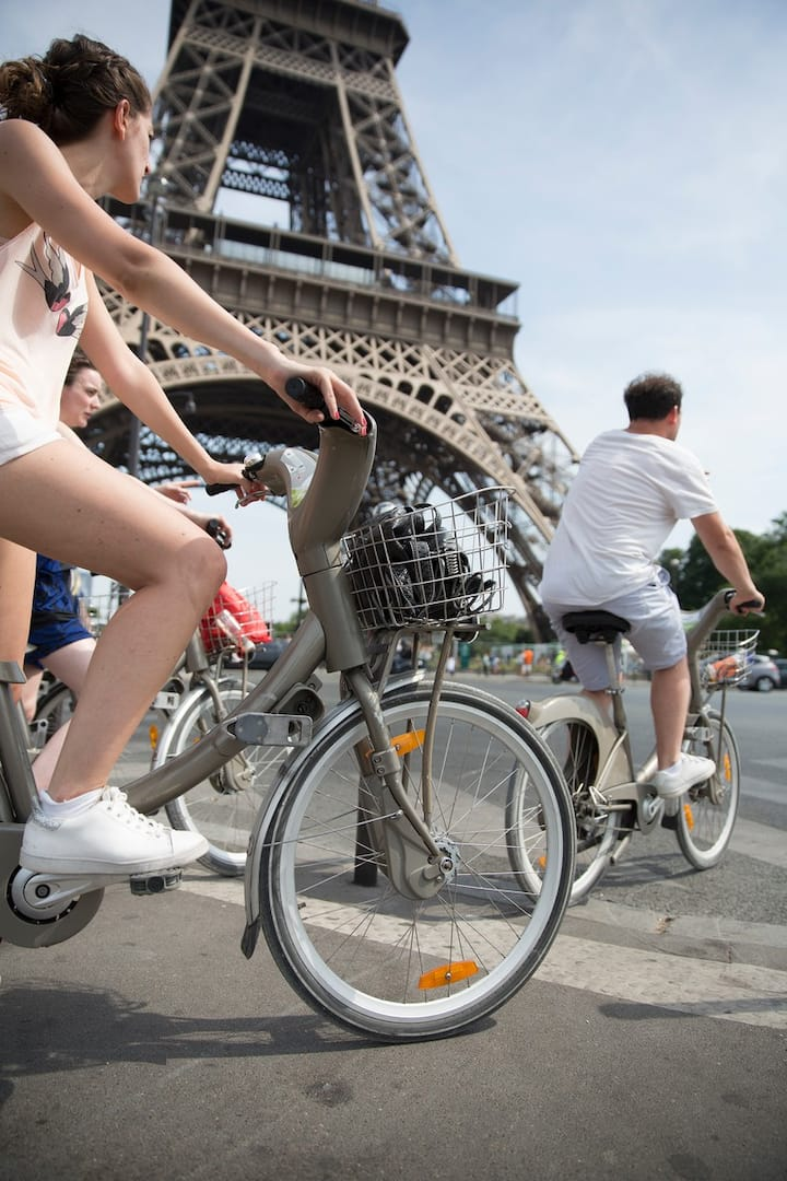 Learn how to do Paris like a local