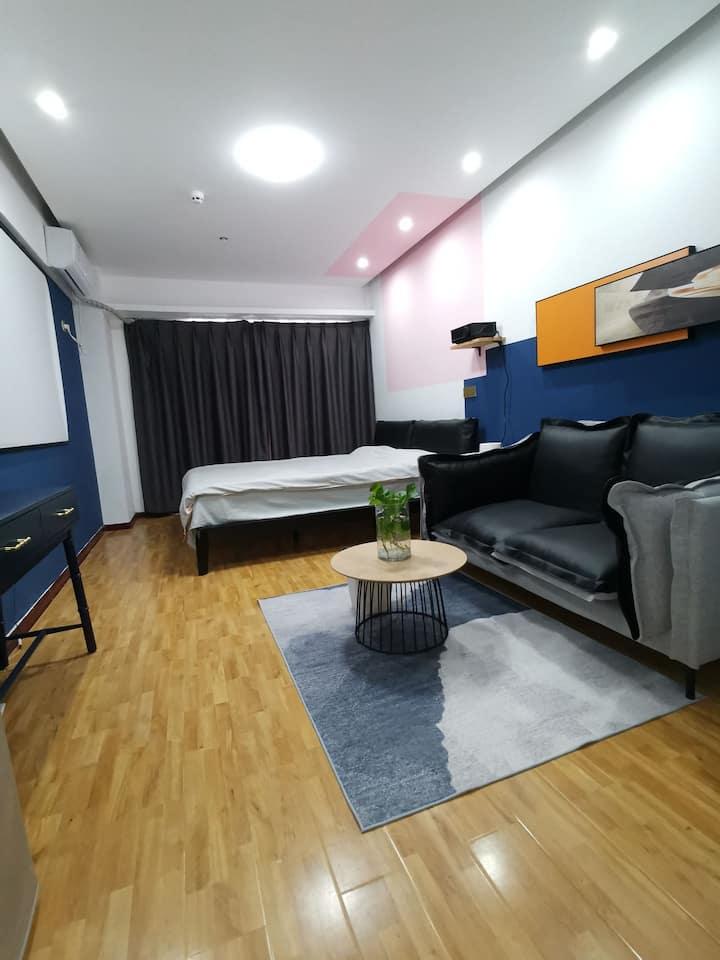 「塞纳而立」奢华|品质公寓系列|短长租|智能家居|近泰华万达阳光100