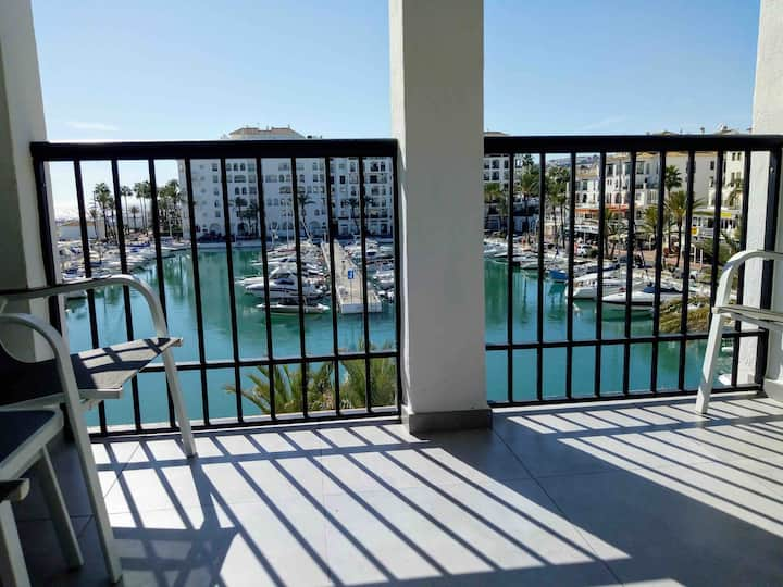 Duquesa Marina apartment