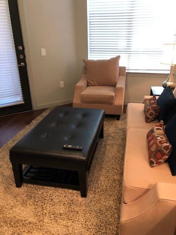 Cozy 1 bedroom in The Woodlands area