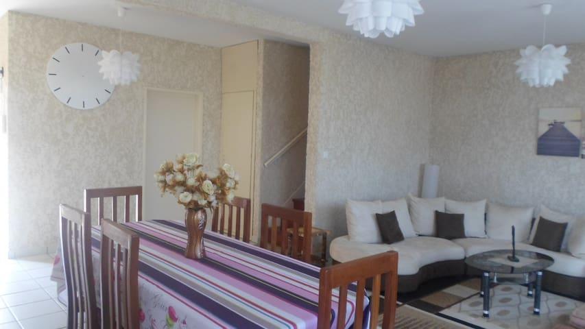 Villa tout confort agréable à vivre en famille