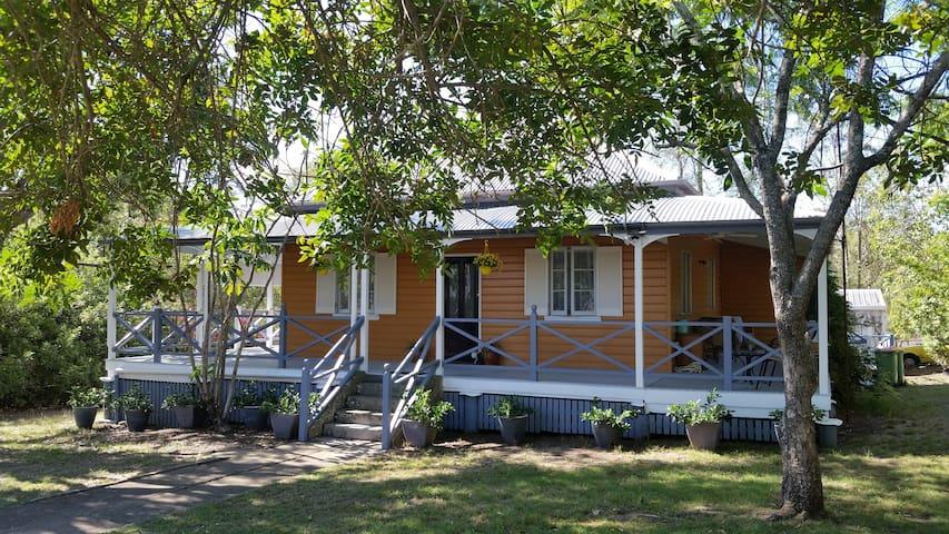 Russell Cottage Helidon near Toowoomba