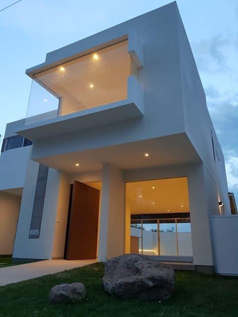 Casa Tequisquiapan - A private swimming pool.