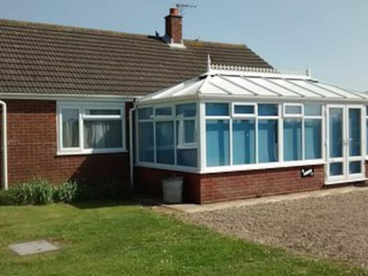 Larksong, Eccles on Sea - Seaside holidays
