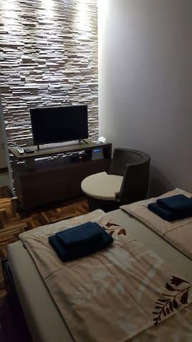 """Studio apartman """"Ristanovic Lux"""""""