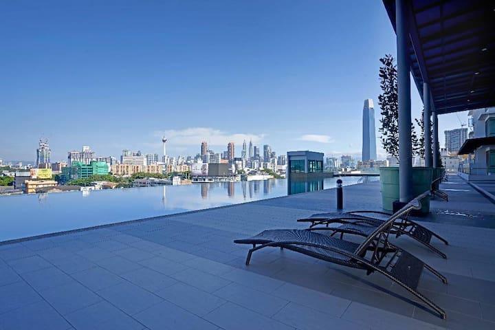 NEW! 吉隆坡2Bedroom超广景6pax无边际InfinityPOOL泳池LRT靠近IKEA