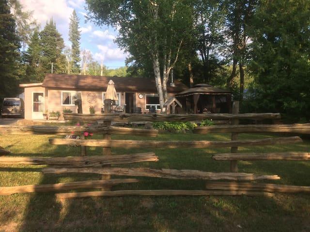 Katalina Lodge