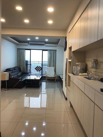 溫馨精緻私人公寓大廈,24小時保全,安全無虞