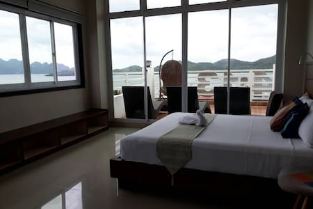 THE PENTHOUSE Coron Palawan