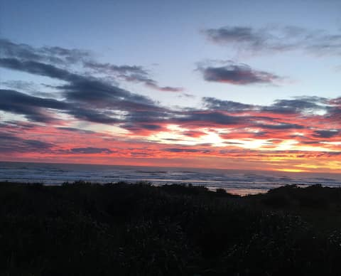 Surf, Seals & Sunset - Upstairs Double Room