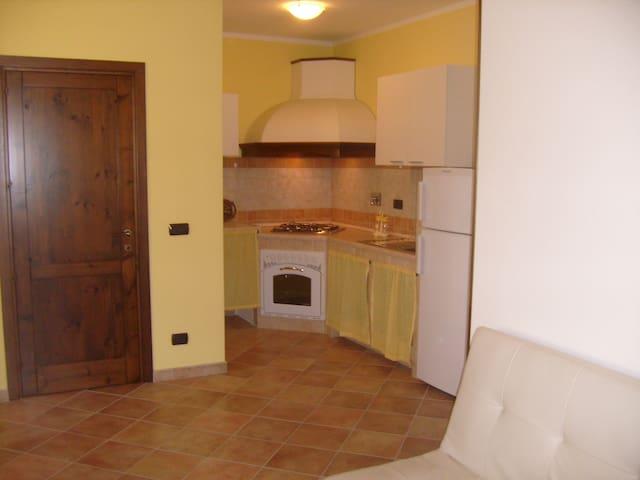 appartamento panoramico/ampio terrazzo - Viddalba - House