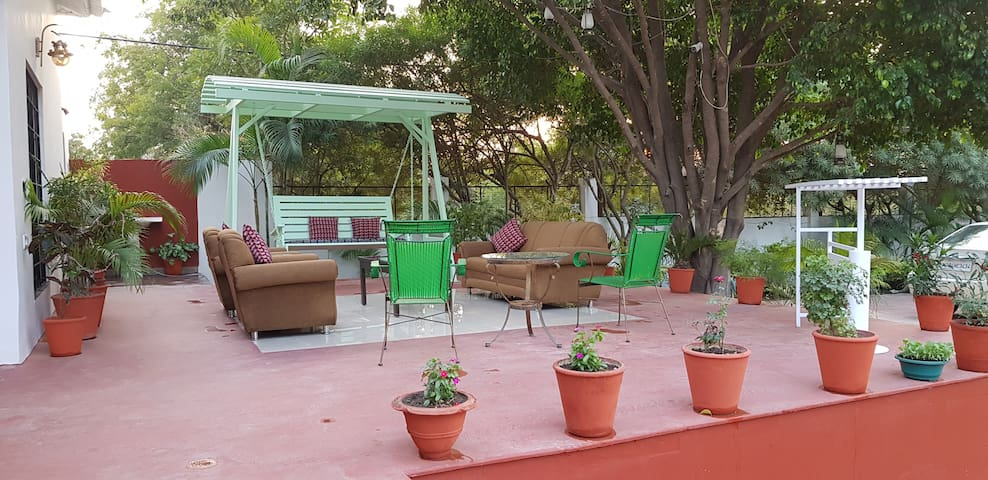Ambi Farms ! Private Room Accommodation