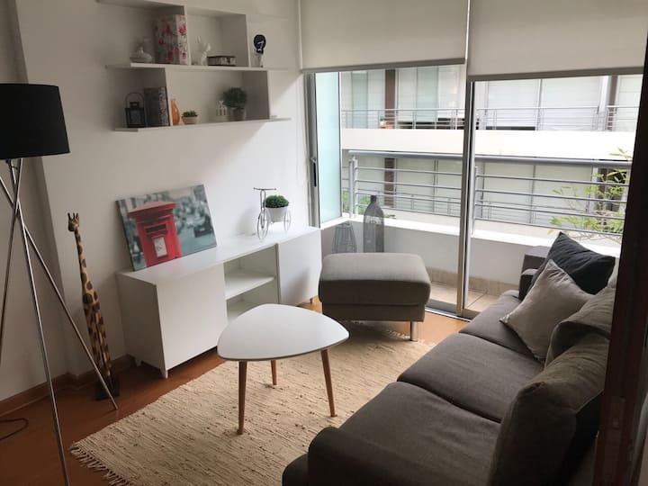 Apartament Barranco-Perú +Free Wifi+Piscina+Gym.