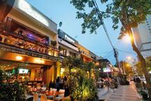 Bar Street@Changkat Bukit Bintang(50m) 酒吧街(50米)