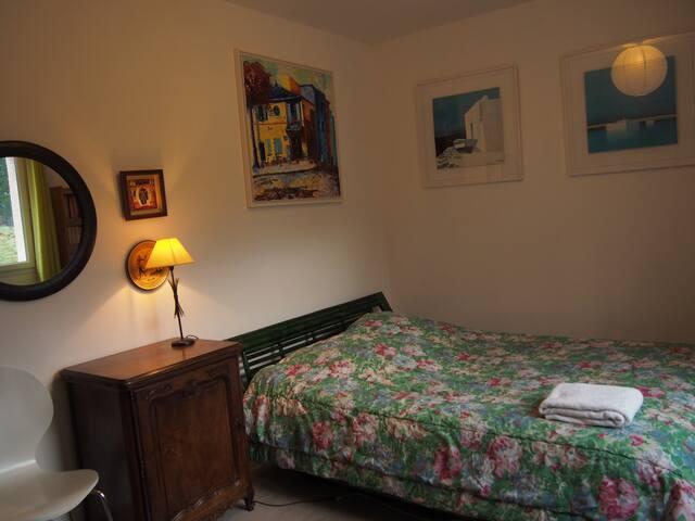 Jolie Chambre 100% Relax et Confort - Seyssel - Hus