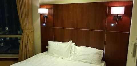 غرف فندقيه نظام استديو، برج الساعة  برج ريحانا
