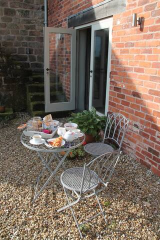 Private Entrance and Outdoor seating exclusively for guests use