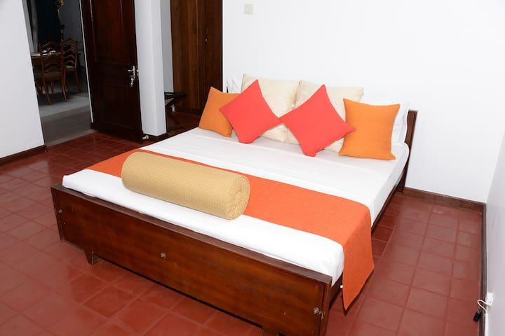 Private room and En suite bathroom
