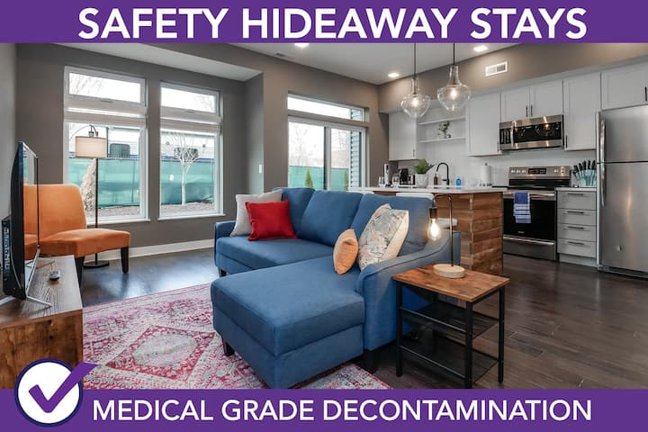 Safety Hideaway - Medical Grade Clean Condo Minutes from Downtown D5