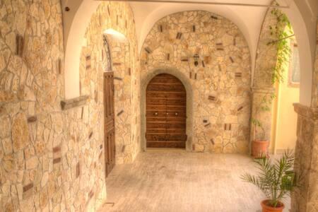 Accogliente appartamento, palazzo d'epoca del '400