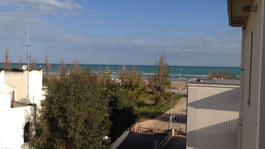 Appartamento 50 metri dal mare San Salvo Marina