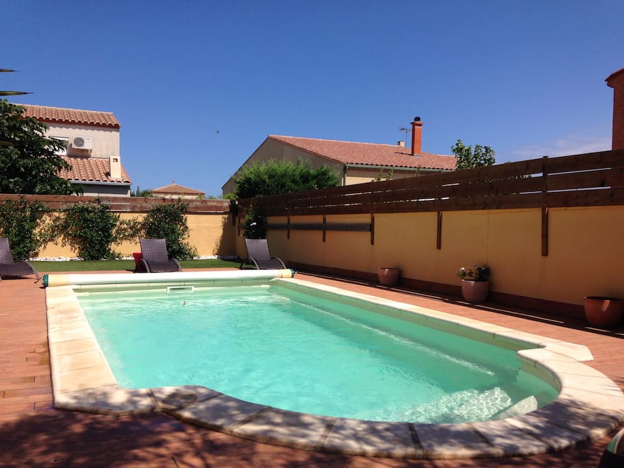 La kaz a jocs villas louer saint est ve occitanie for Piscine st esteve