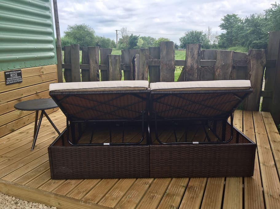 Extra wide double sunlounger overlooking the paddock & railway line