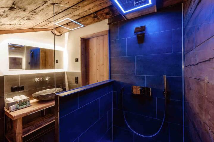Doppelzimmer mit Bergblick, Sauna, Skiinskiout 2