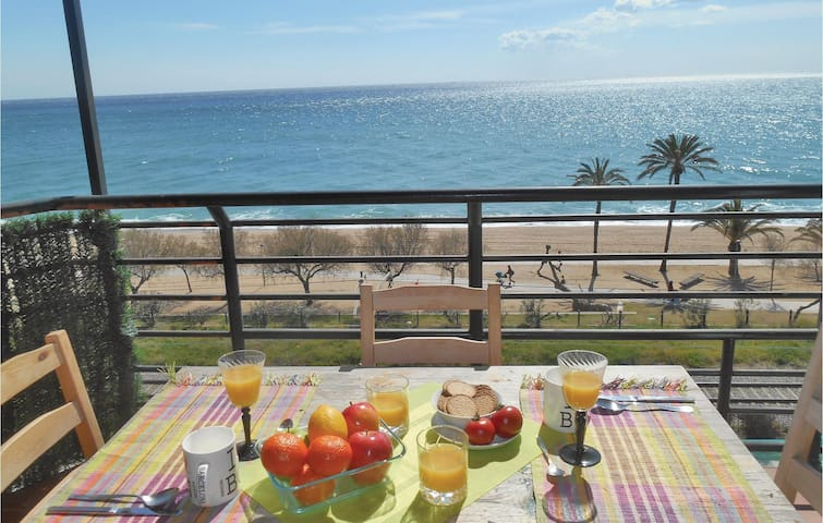 Holiday apartment with 2 bedrooms on 50m² in Pineda de Mar
