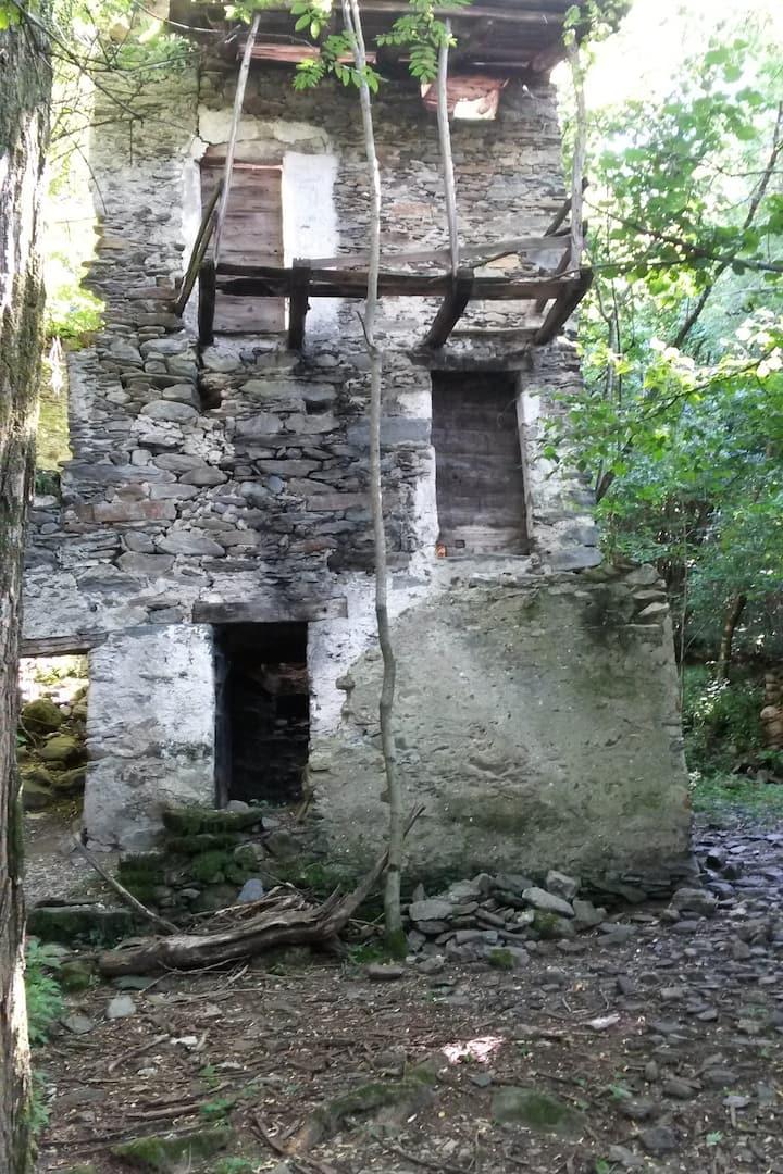 Villaggi e mulini abbandonati