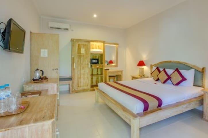 Affordable classic room in Legian + Breakfast