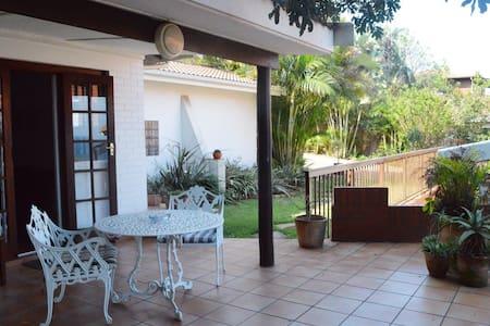 Aliwal Cottages - Garden Cottage - Umkomaas - House