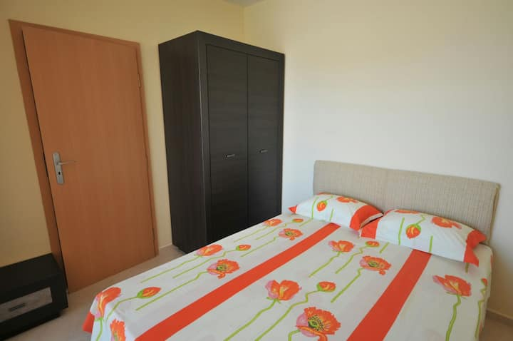 SWEET APARTMENT IN POMORIE WITH 1BD 4 guest