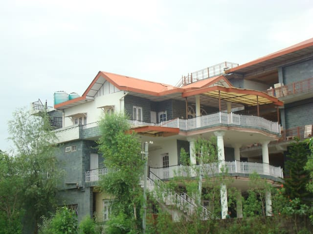 Dharamsala Vacation- apartments