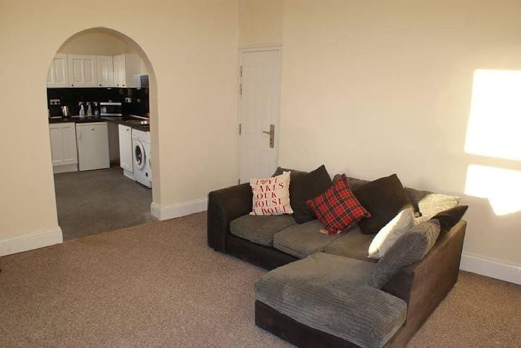 Communal lounge with free wi-fi