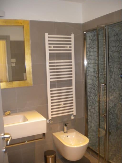 Bathroom with hammam