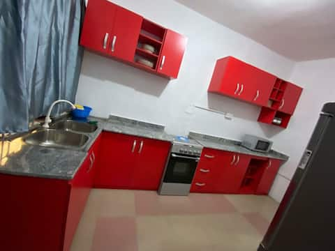 2 bedroom guesthouse/partyhouse with 24hr security