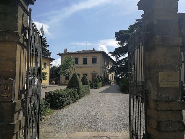 Villa La  Piccioncina, Luxury B&B - SuiteAzzurra