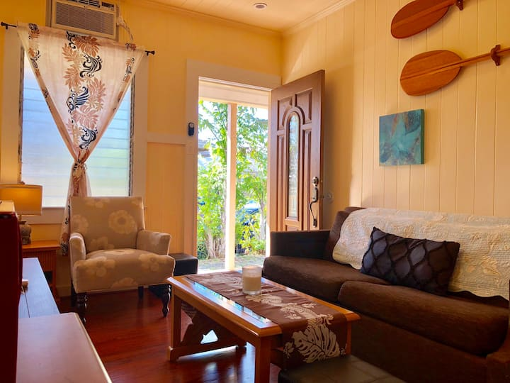 Stay cozy 2Bedroom with your dogs near Waikiki