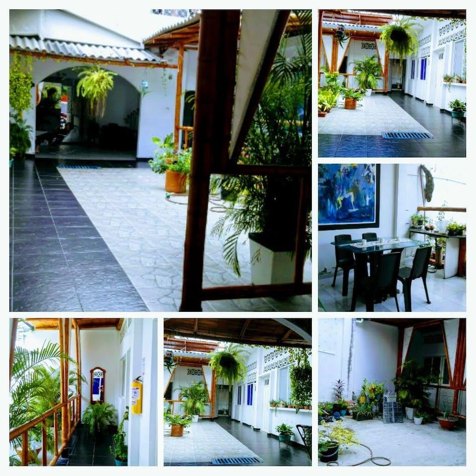 Hotel con ambiente familiar cómodas habitaciones...ubicados en el centroe la ciudad a una cuadra del terminal..
