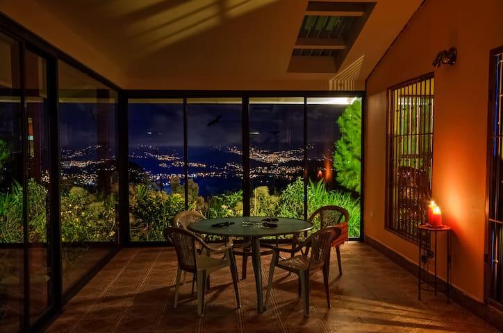 Finca Organica en Tres Rios, Vista magnifica