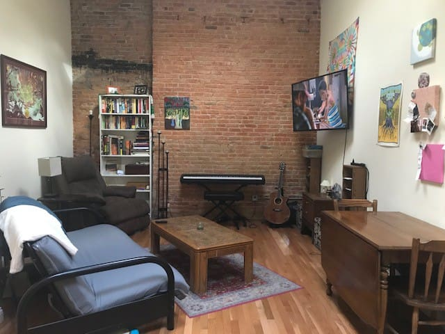 Exposed brick loft in heart of downtown Ypsilanti!